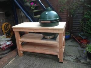 stoere tafel voor big green egg